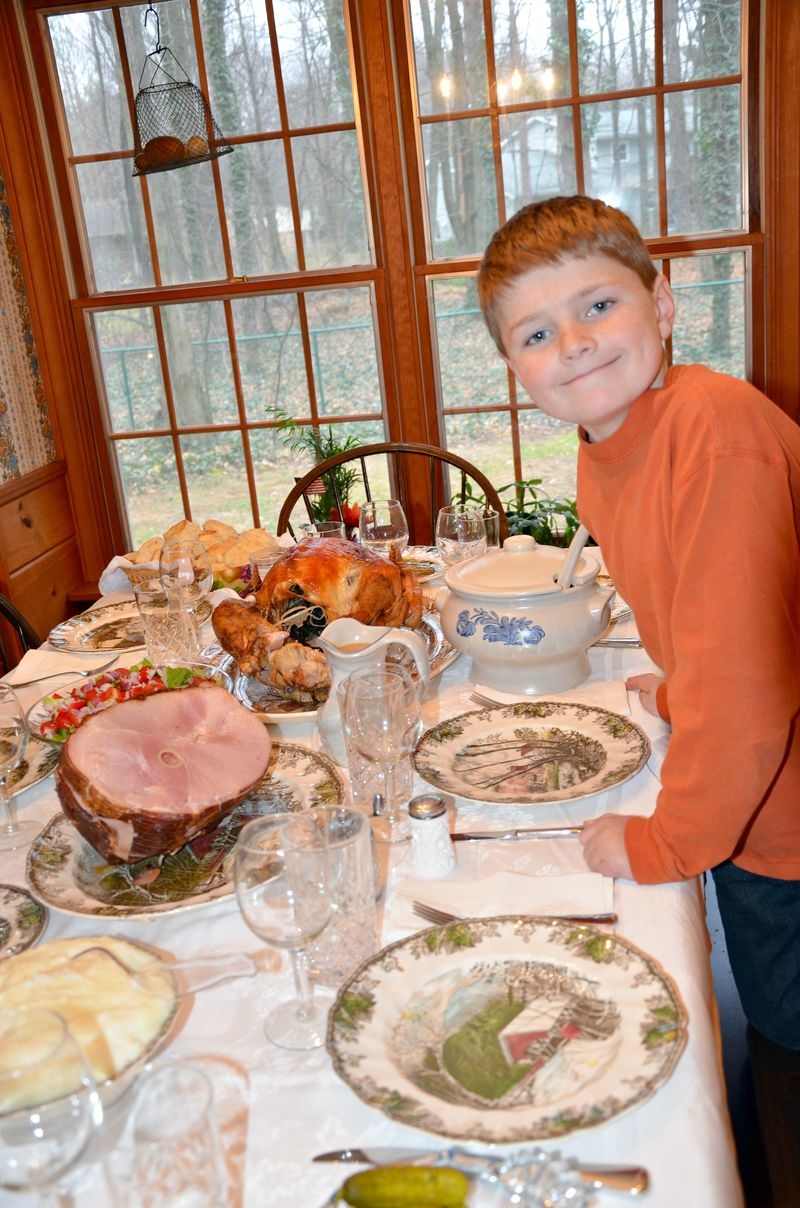 Harry and Thanksgiving dinner