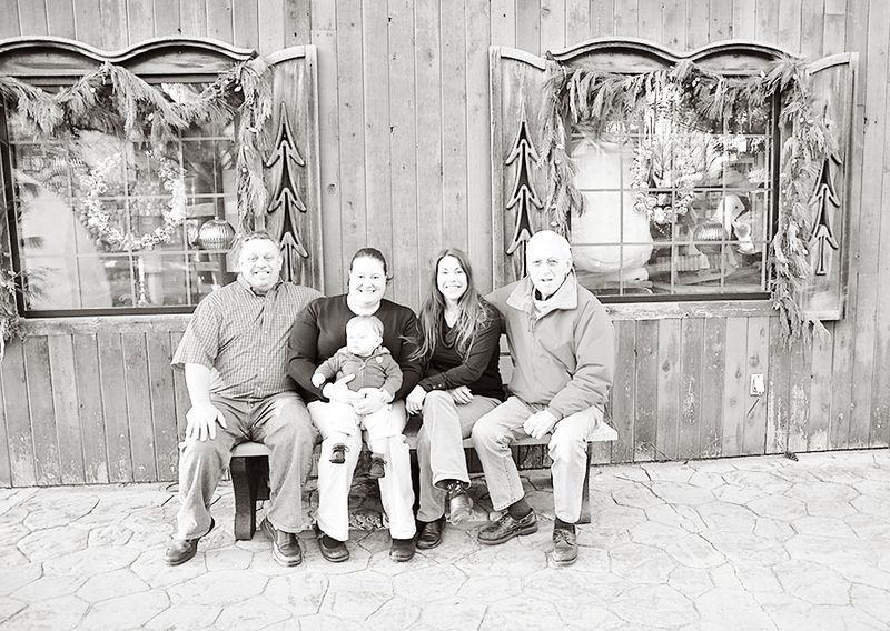 Reisig family bench bw